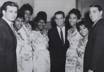 L'amour fou: The Marvelettes call on  American Bandstand  in Philadelphia