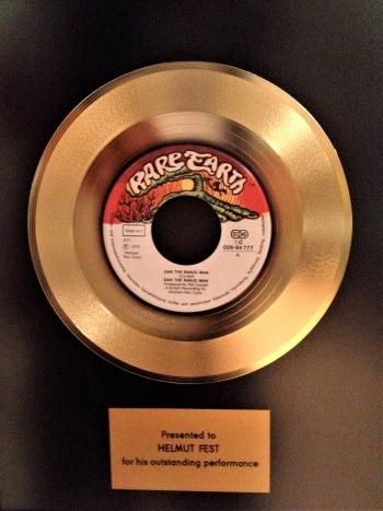 'Banjo Man' goes gold for Helmut Fest