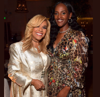 Claudette and Ethiopia on the red carpet (photo: Lester Cohen/Getty)