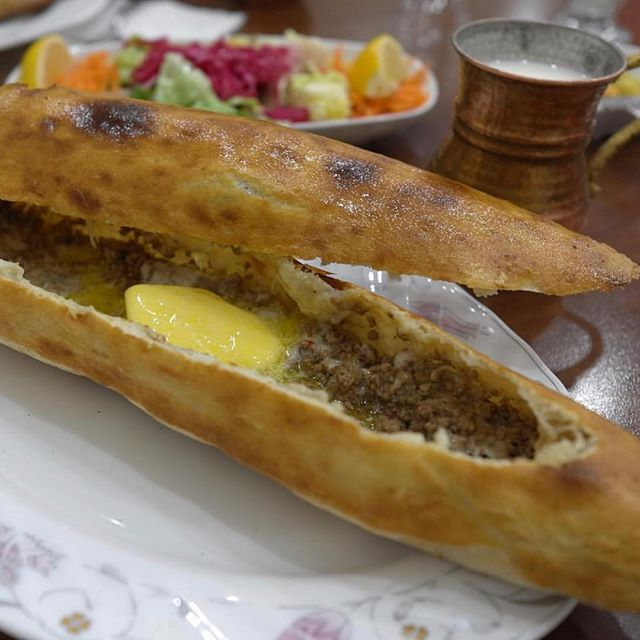 Our co-lead editor Besim Hatinoğlu's (@besim_h) madeleines (favourite dishes) in 2018 were Kıymalı pide at Tadal Pide Salonu (@tadal_murat); Margherita sbagliata at Pepe in Grani (@francopepeingrani); and Tourte de canard at L'Ambroisie. Please visit Gastromondiale.com to read about Besim Hatinoğlu's choices in detail. #gastromondiale_madeleines #gastromondiale_madeleines2018 #marcelproust #madeleines #gastronomy #gastronomia #gastronomie #lambroisie #tadalpide #pepeingrani #istanbul #sultanbeyli #pide #caiazzo #pizza