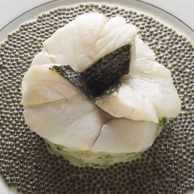 Our editor Robert Brown's (@reinholdbrown) madeleines (favourite dishes) in 2018 were Escalopine de bar à l'émincé d'artichaut, nage, réduite au caviar golden at L'Ambroisie; Cervere-Parigi at Antica Corona Reale; Roasted rabbit at Il Centro. Please visit Gastromondiale.com to read about Robetirt Brown's choices in detail. #gastromondiale_madeleines #gastromondiale_madeleines2018 #marcelproust #madeleines #gastronomy #gastronomia #gastronomie #lambroisie #ilcentro #piemonte #anticacoronareale #bernardpacaud