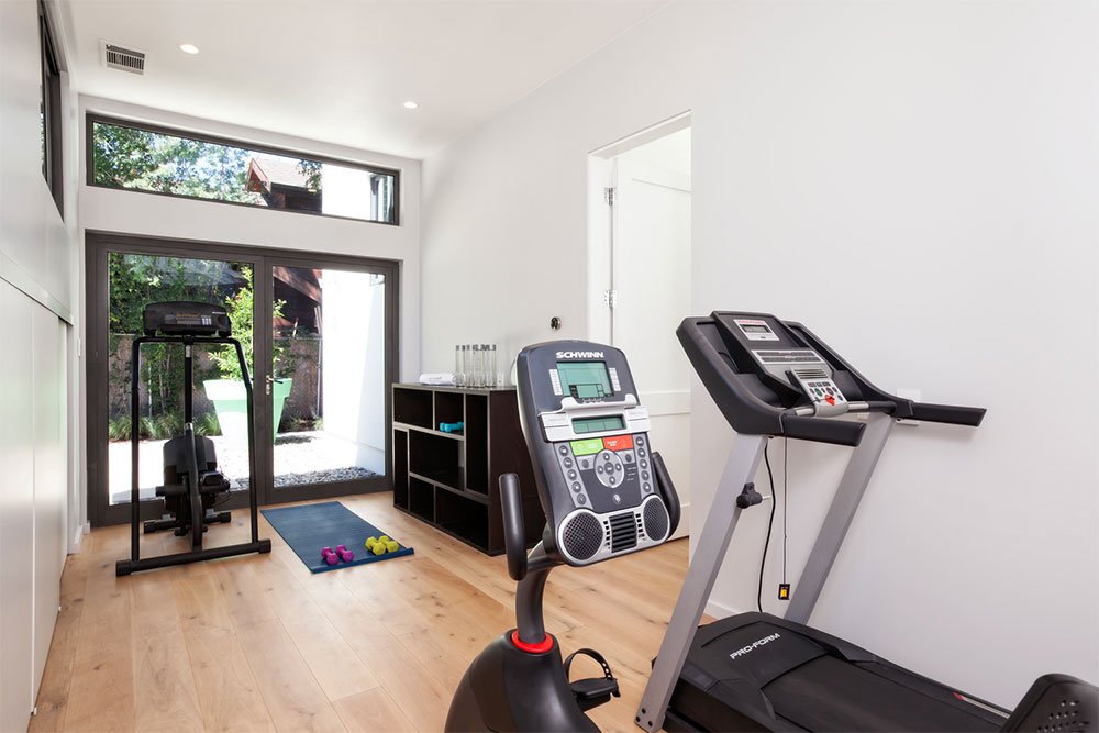 Guest House, Gym