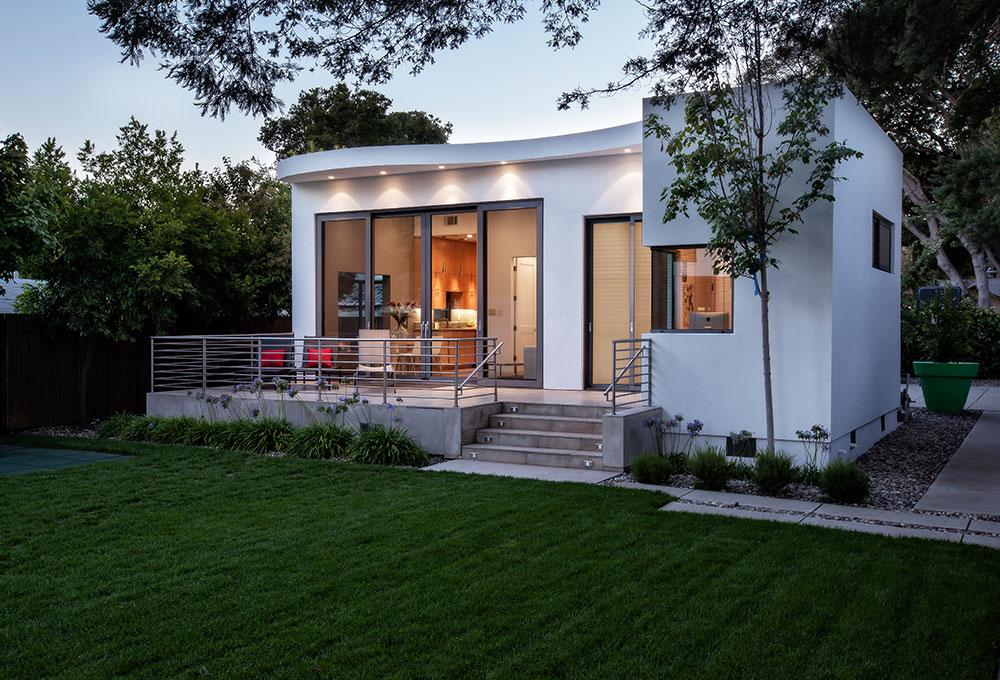 Guest House, Exterior