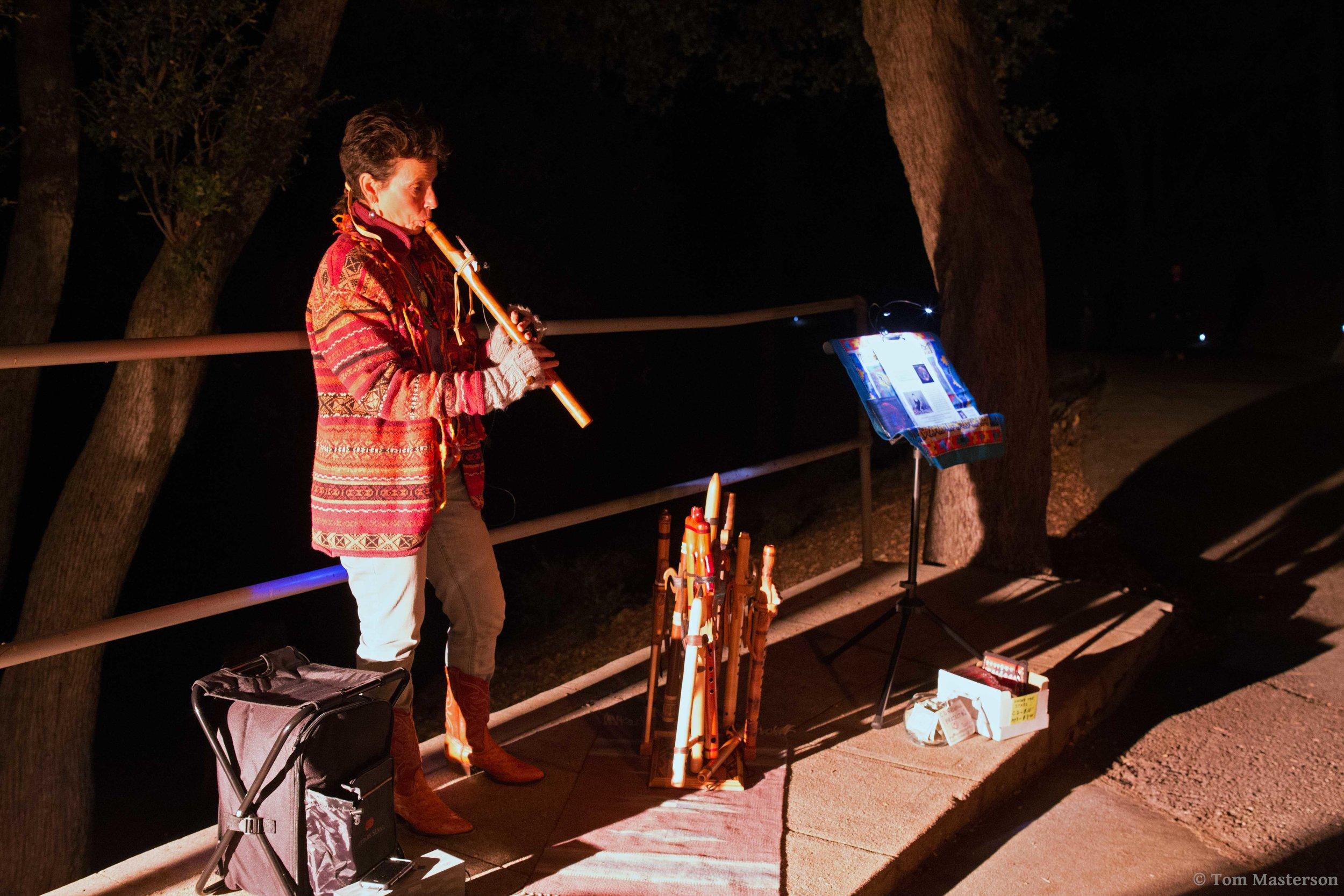Flutist-sm.jpg