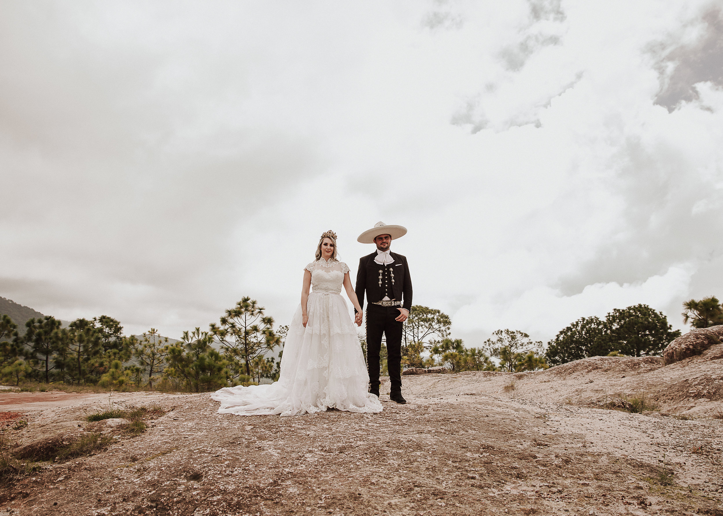 Fotografo-de-bodas-destino-Mexico-wedding-destination-photographer-san-miguel-de-allende-gto-guanajuato-queretaro-boho-bohemian-bohemio-chic-wedding-editorial-wedding