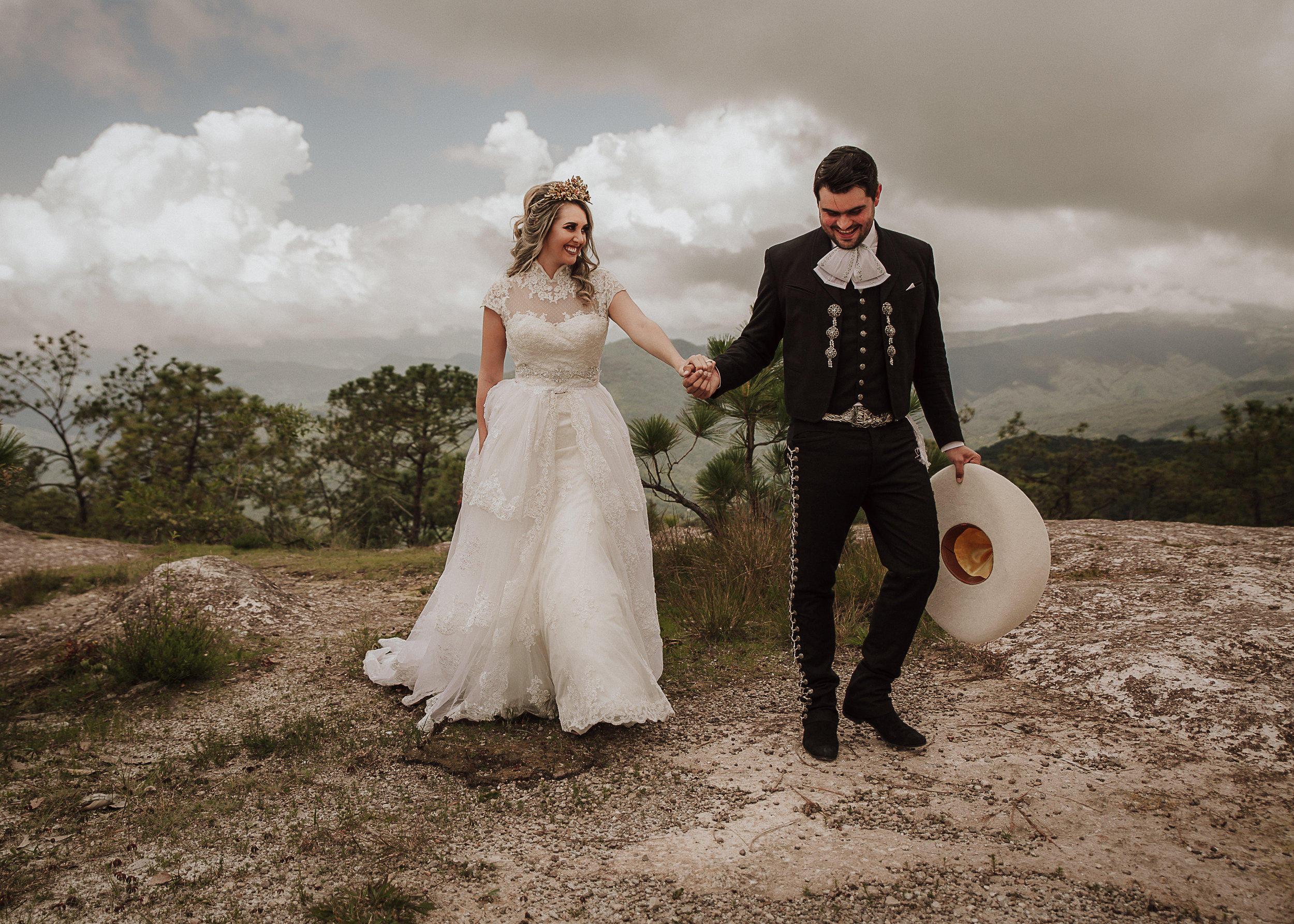 Fotografo-de-bodas-destino-Mexico-wedding-destination-photographer-san-miguel-de-allende-gto-guanajuato-queretaro-boho-bohemian-bohemio-chic-wedding-editorial-wedding-carotida-photographer