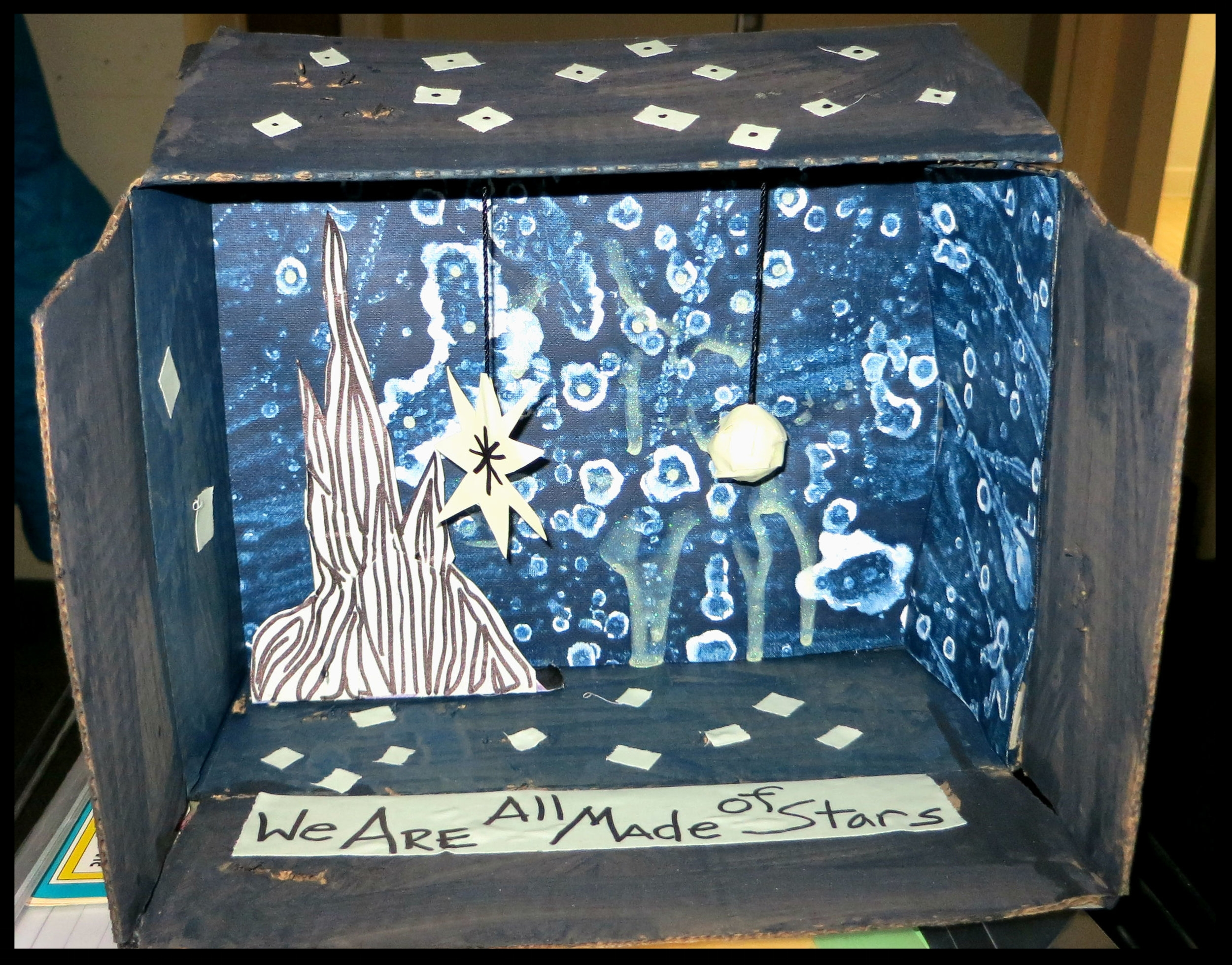 starry night diorama.jpg