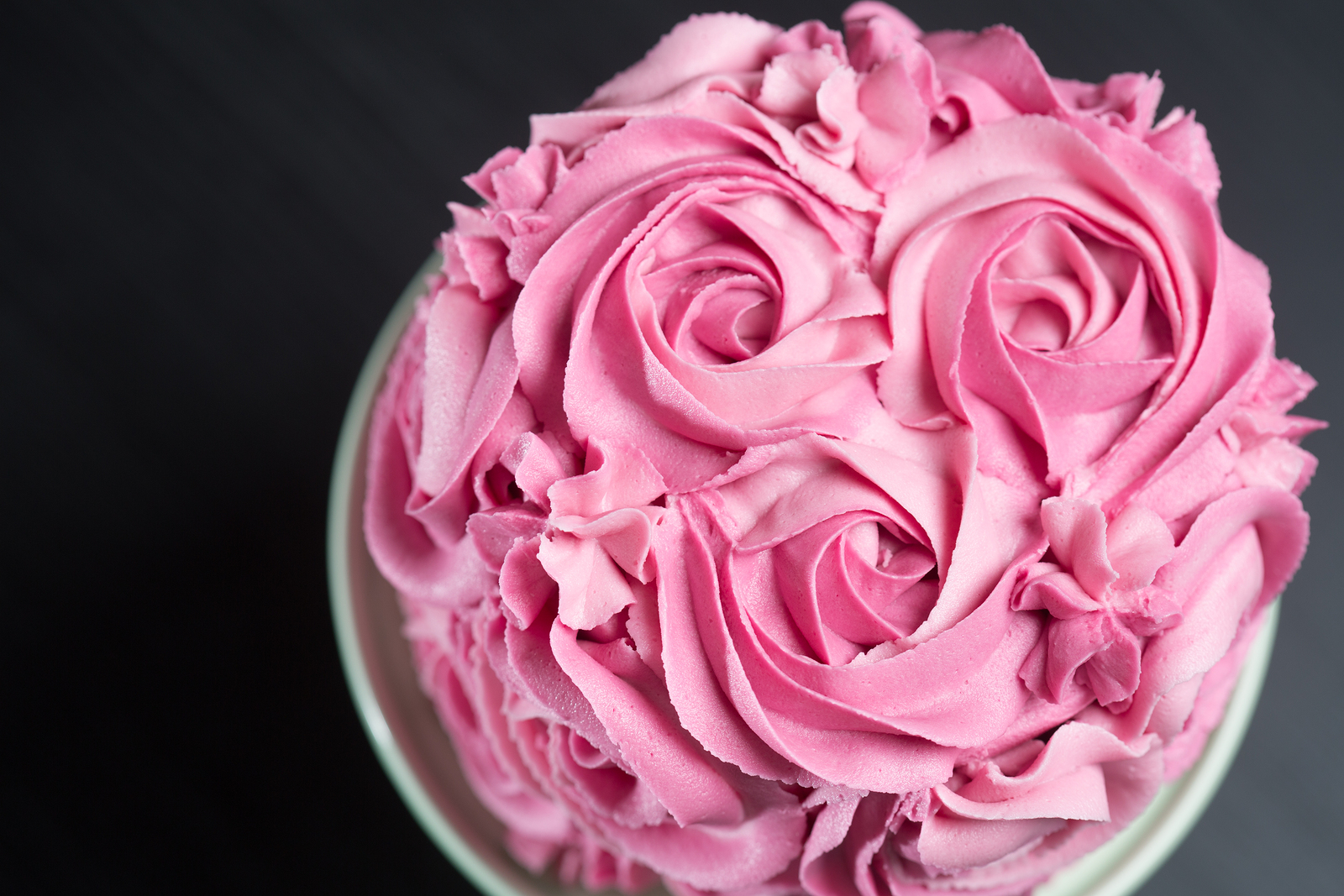 bigstock-Cake-Decorated-With-Pink-Roses-94078469.jpg