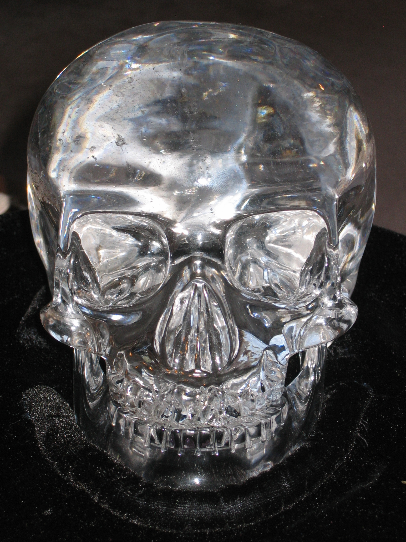 Mitchel_Hedges_Crystal_Skull (1).jpg