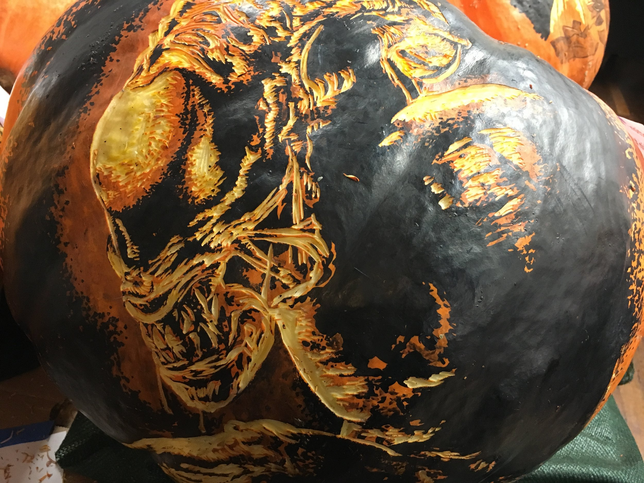 Xenomorph from Alien - RISE of the Jack O'Lanterns
