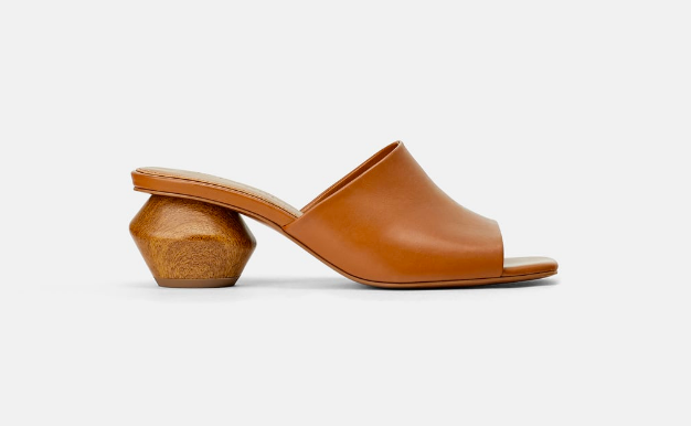 Zara : Leather Mules  Such a versatile mule that you can slip on with jeans and a white tee or a spring, floral dress!
