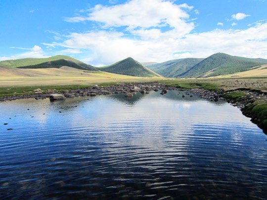 🌍 you're beautiful. Happy Earth Day. 📸 by me #Mongolia 2013, one of the most untouched spots I've laid my eyes on.