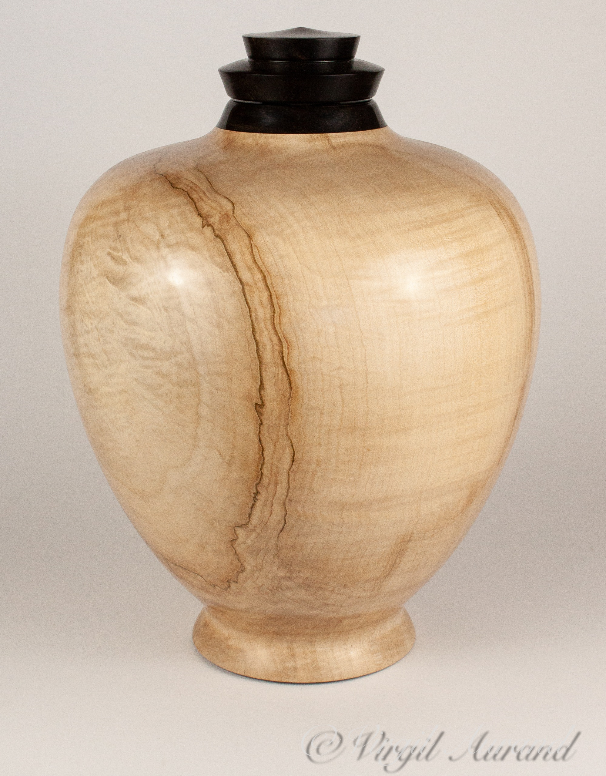 Maple-Ebony-Urn.jpg
