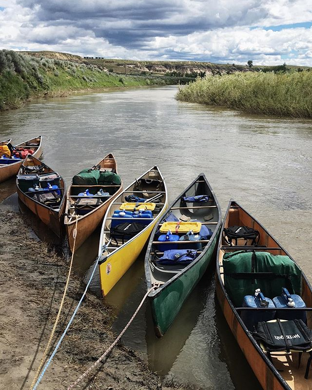 14 boats. 33 people. 3 nights. 45 miles. 🛶  Fourth of July was off the grid this year. As in, no cell service, kids whittling sticks and playing with fire, sleeping on the ground off the grid. With six other families, we paddled 45 miles of the Upper Missouri in northern Montana, a landscape preserved as a National Monument that looks straight out of an old western. We camped in two sites used by Lewis and Clark, which made this history nerd very happy. ⛺️ Considering the logistics of camping and cooking with seven families, we hired guides who became friends. They made the trip exponentially better than it would have been otherwise. Aside from the great company, it was the first time I had carnitas tacos and huckleberry creme brûlée while camping, but I hope not the last! 🗺 I'll share more this week as I dig through a bazillion pictures, but feel free to ask any questions! I share our family trips because travel is a core value of mine, and I learn so much about wild and interesting places from friends online and in person. I'm glad to pay that knowledge forward!