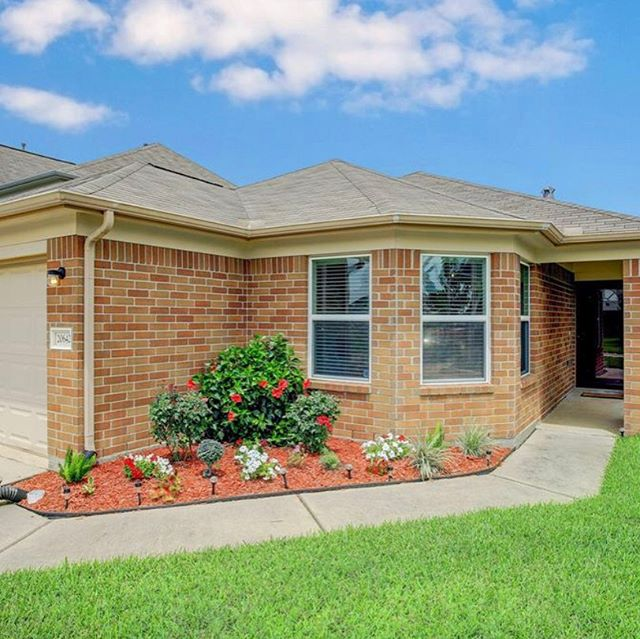 #Justlisted in #katytx! #Openhouse this Saturday from 11-2. This home qualifies for 0 down financing! Contact us for more info! #cyfairisd
