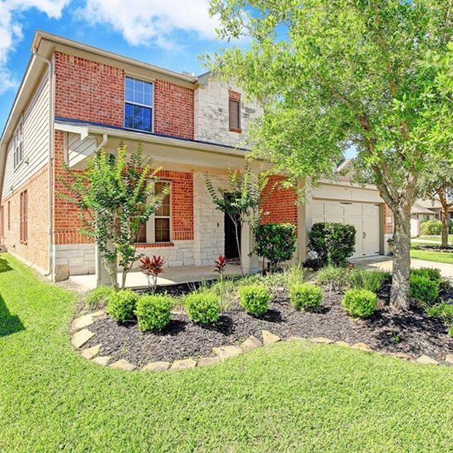 #sold #77084 #valoan #valending Beautiful home sold to my amazing #veteran client #romanrealty #houstonrealtor #cypressrealtor #katyrealtor #houstonrealestate