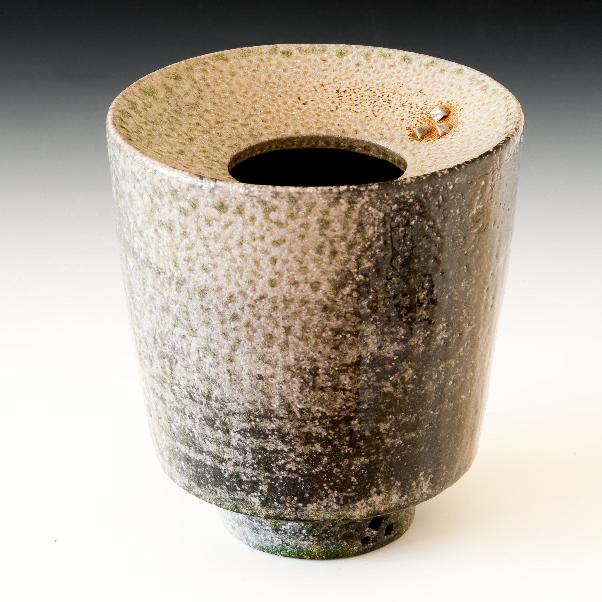 vases on gradient-3325.jpg