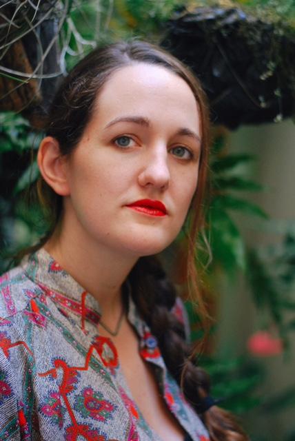 Headshot Caroline Lacey.JPG