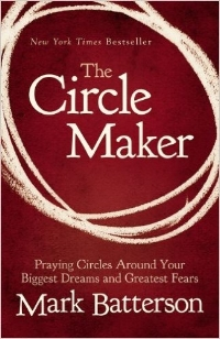 "According to Pastor Mark Batterson in his book, The Circle Maker, ""Drawing prayer circles around our dreams isn't just a mechanism whereby we accomplish great things for God. It's a mechanism whereby God accomplishes great things in us."" Do you ever sense that there's far more to prayer, and to God's vision for your life, than what you're experiencing? It's time you learned from the legend of Honi the Circle Maker―a man bold enough to draw a circle in the sand and not budge from inside it until God answered his prayers for his people. What impossibly big dream is God calling you to draw a prayer circle around? Sharing inspiring stories from his own experiences as a circle maker, Mark Batterson will help you uncover your heart's deepest desires and God-given dreams and unleash them through the kind of audacious prayer that God delights to answer."