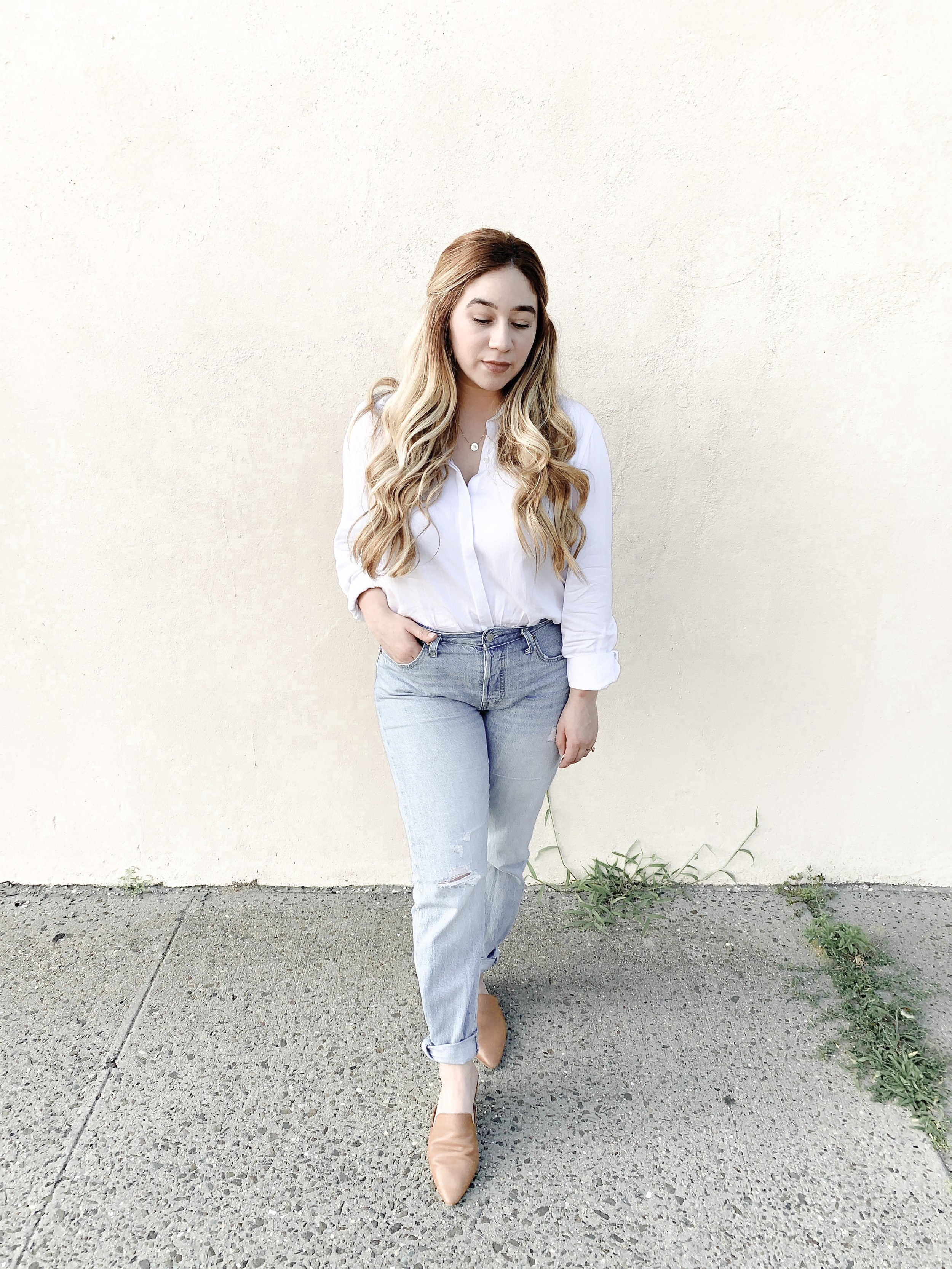 Top: thrifted  Bottoms: Thrifted Levis  Shoes: DSW