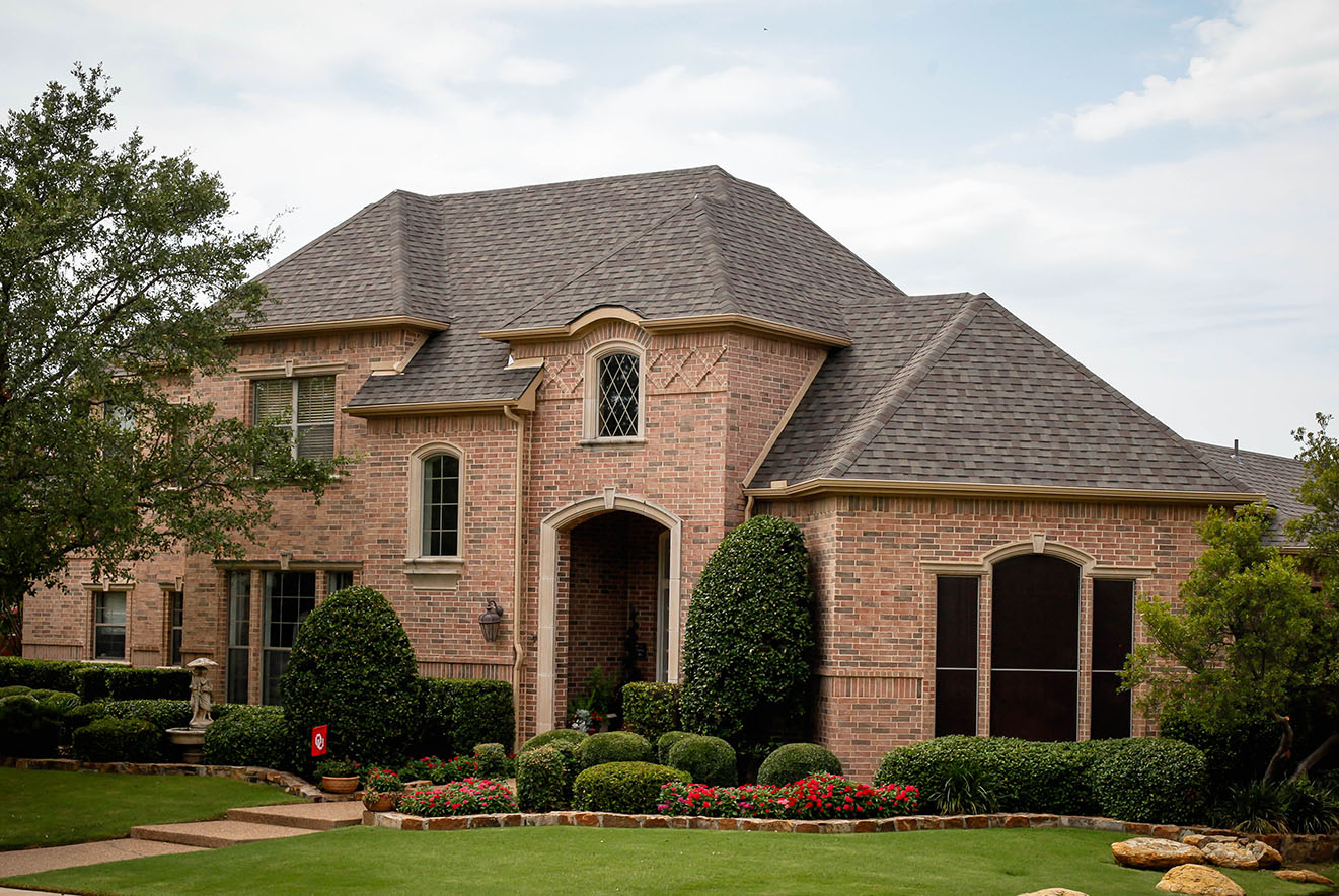 frisco-tx-roof-replacement-frame-restoration-frisco-roofer-frisco-roof-weathered-wood