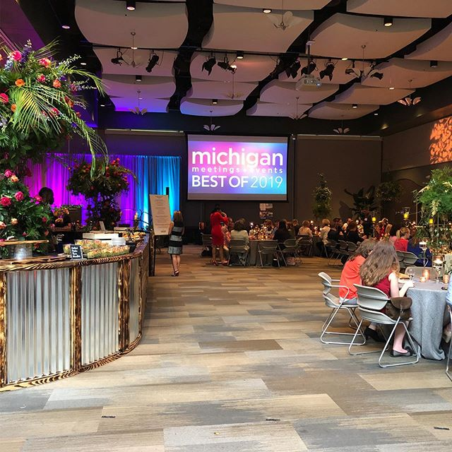 JR Turnbull Communications was thrilled to attend the Michigan Meetings + Events Best of 2019 last night at the beautiful Frederik Meijer Gardens in Grand Rapids! It was a wonderful evening celebrating the extraordinary talent in our industry. #MIBESTOF