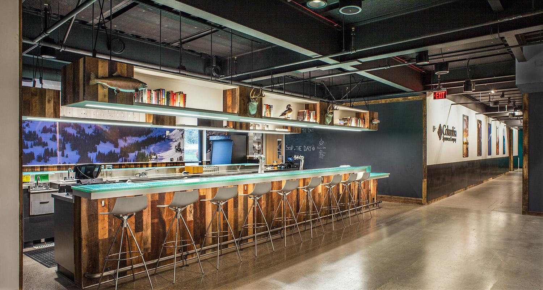 bar-w-hallway.jpg