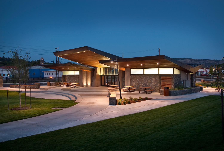 2_Lewis&Clark-Pavilion-16.jpg