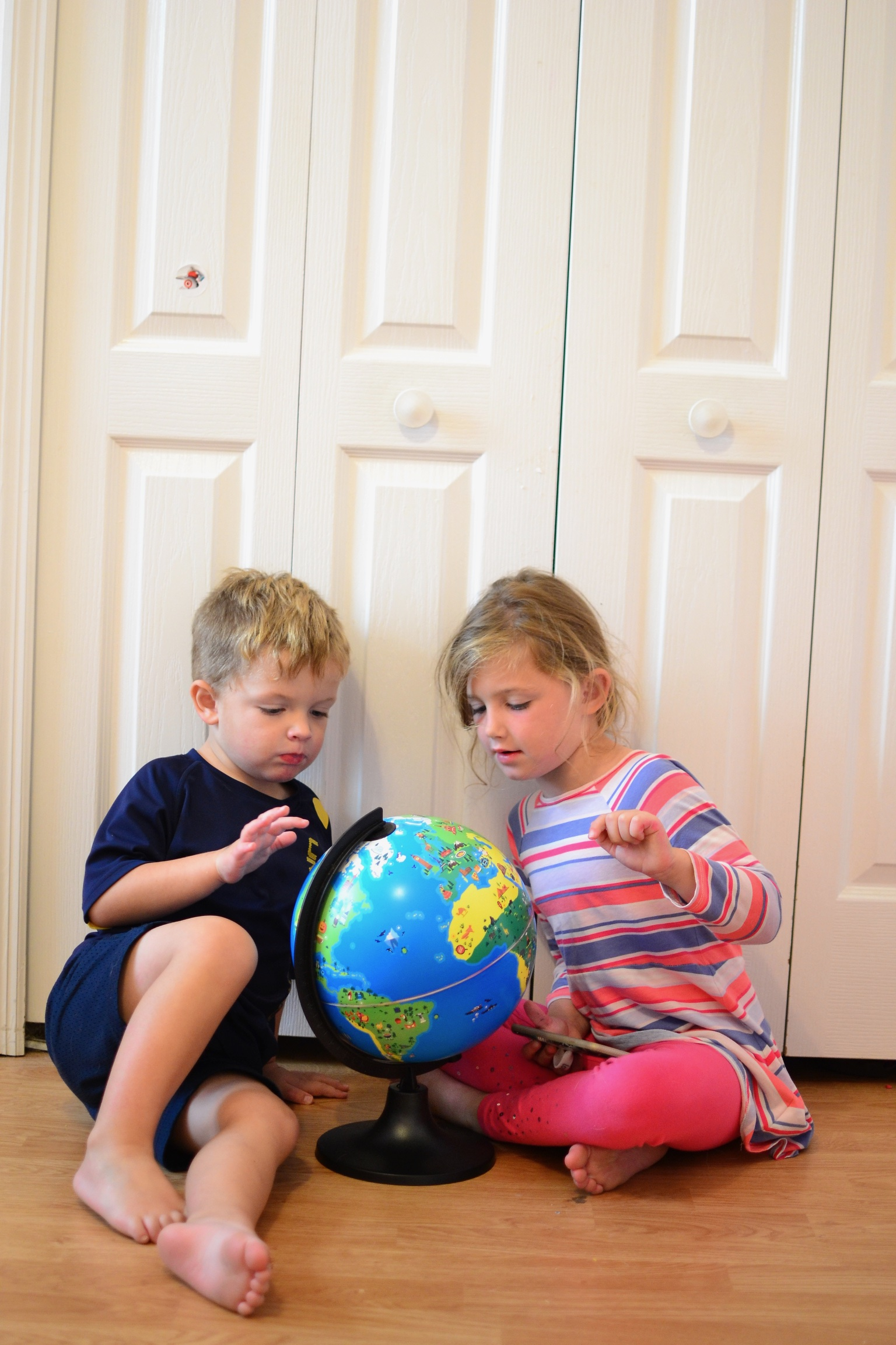 Travel themed Christmas gifts for kids