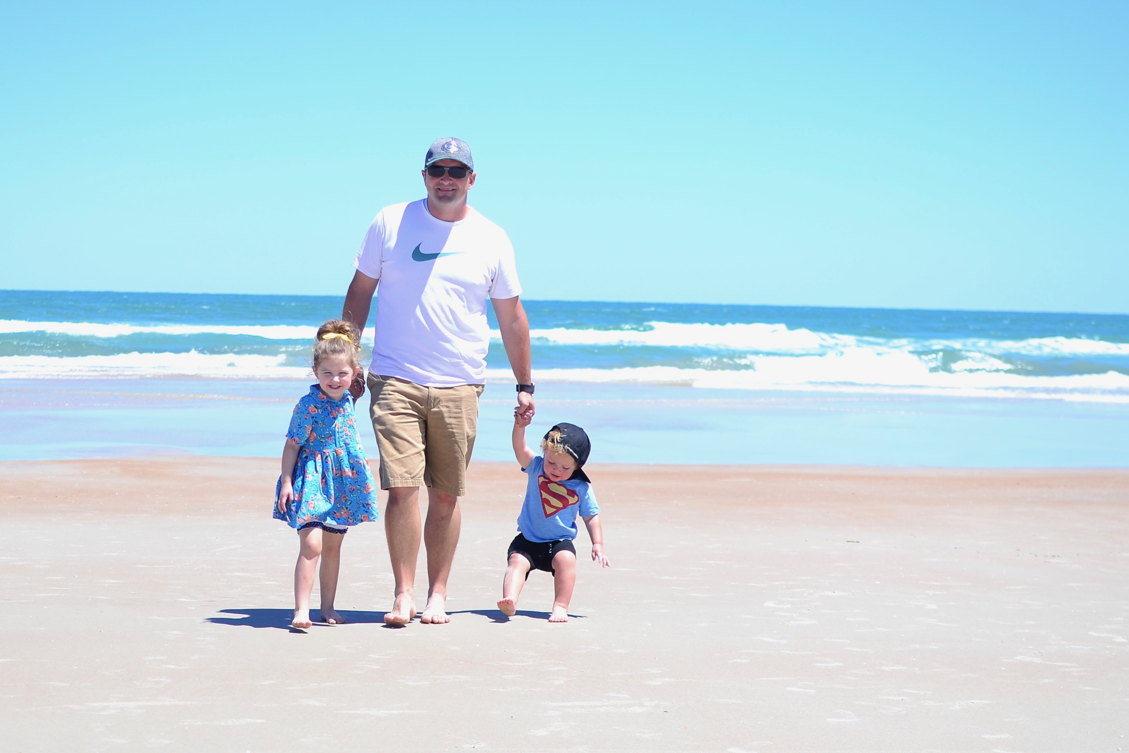 Thinking of taking a family spring break in Florida in 2019? This article will share the best spring break beaches for families, and some safe spring break destinations for families to avoid the crowds of college kids.There are also a few toddler friendly spring break Florida ideas to help you figure out where to go with little kids for a relaxing Florida vacation.