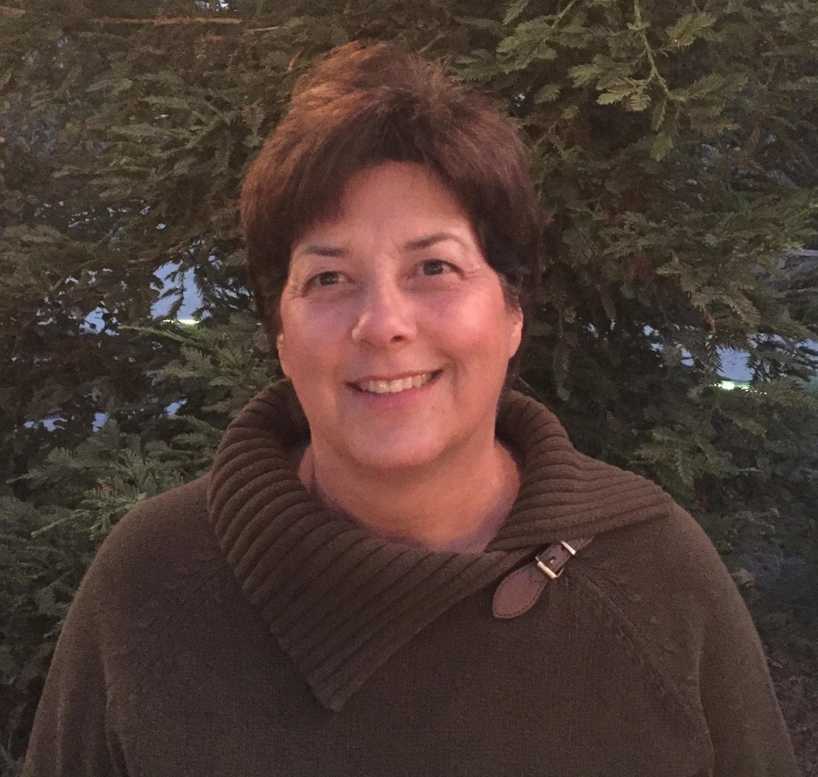 Valletta Lochridge   Advisor
