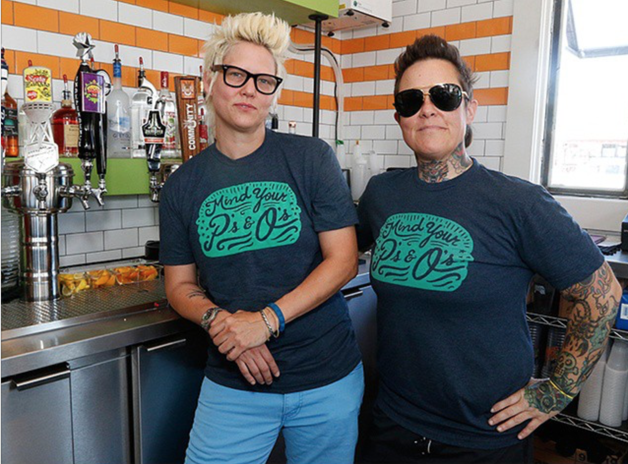 NEW-DALLAS-EATERY-ALERT-Julie-Campbell-left-and-Brooke-Humphries-recently-opened-Pints-Quarts-at-Ros.jpg