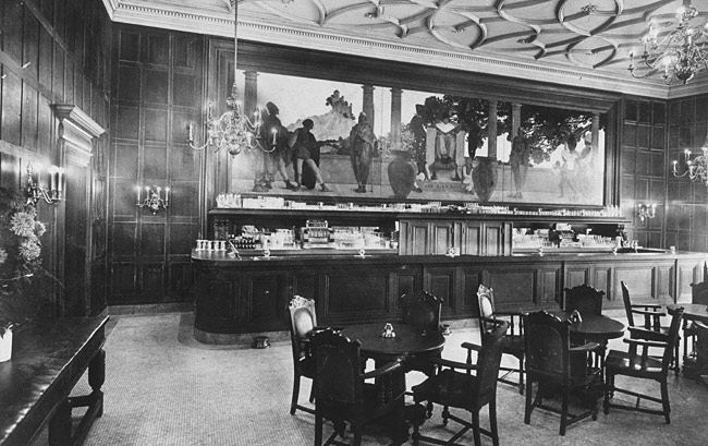 "The Knickerbocker Bar with Parrish Mural of ""Old King Cole"" over the bar"