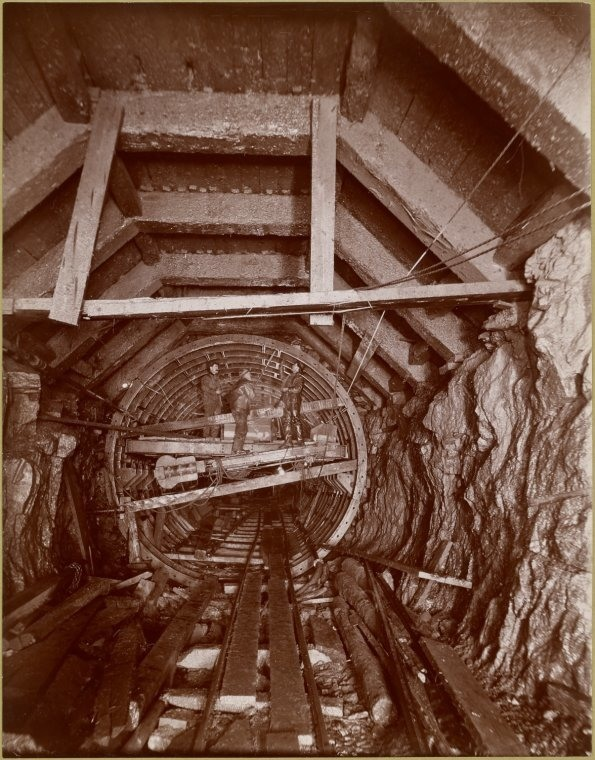 Building NYC's subway tunnels at the turn of the century