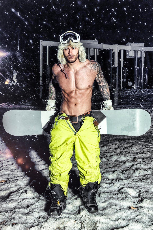 Mike+snowboard-2.jpg