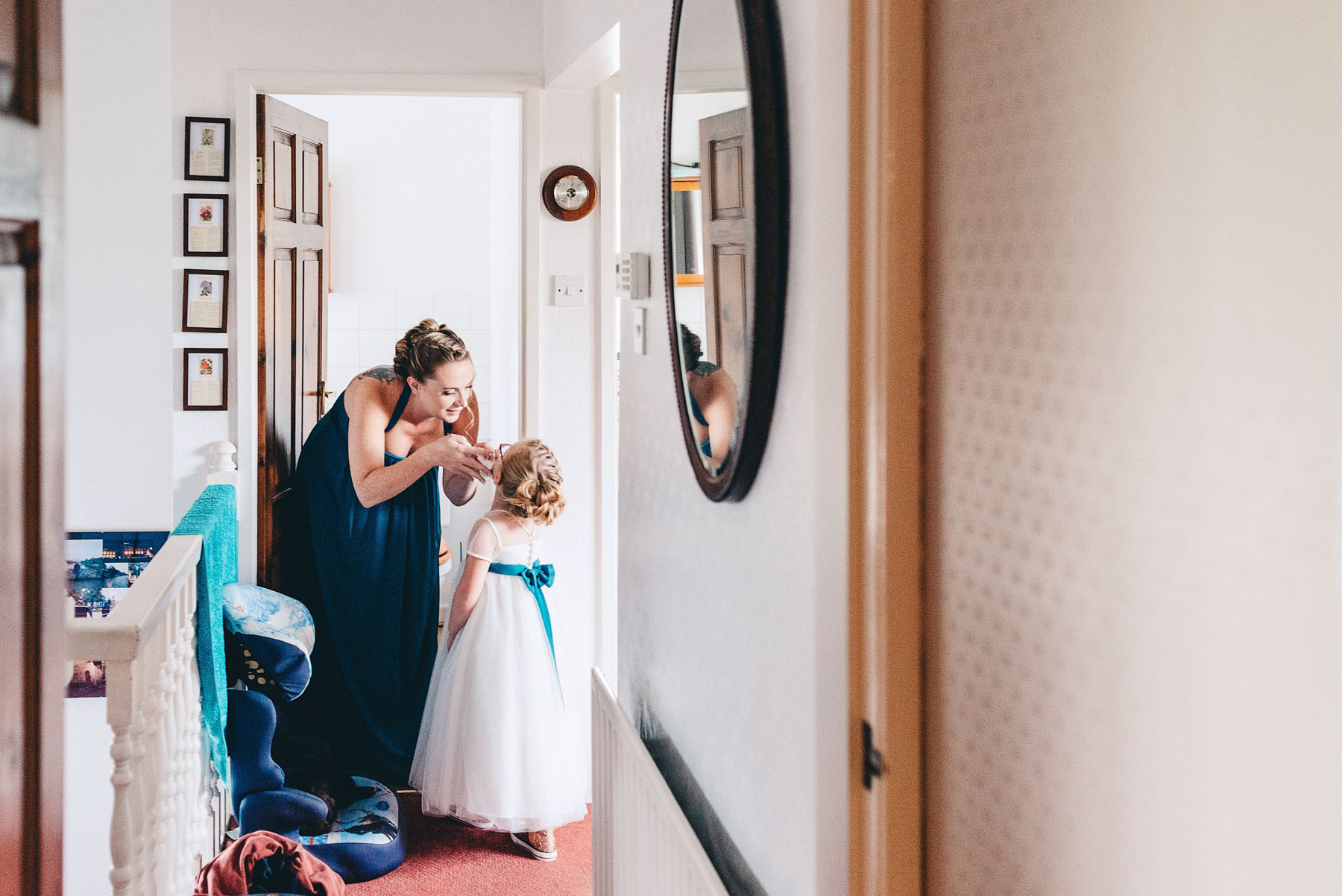 Bridesmaid has emotional moment with her daughter