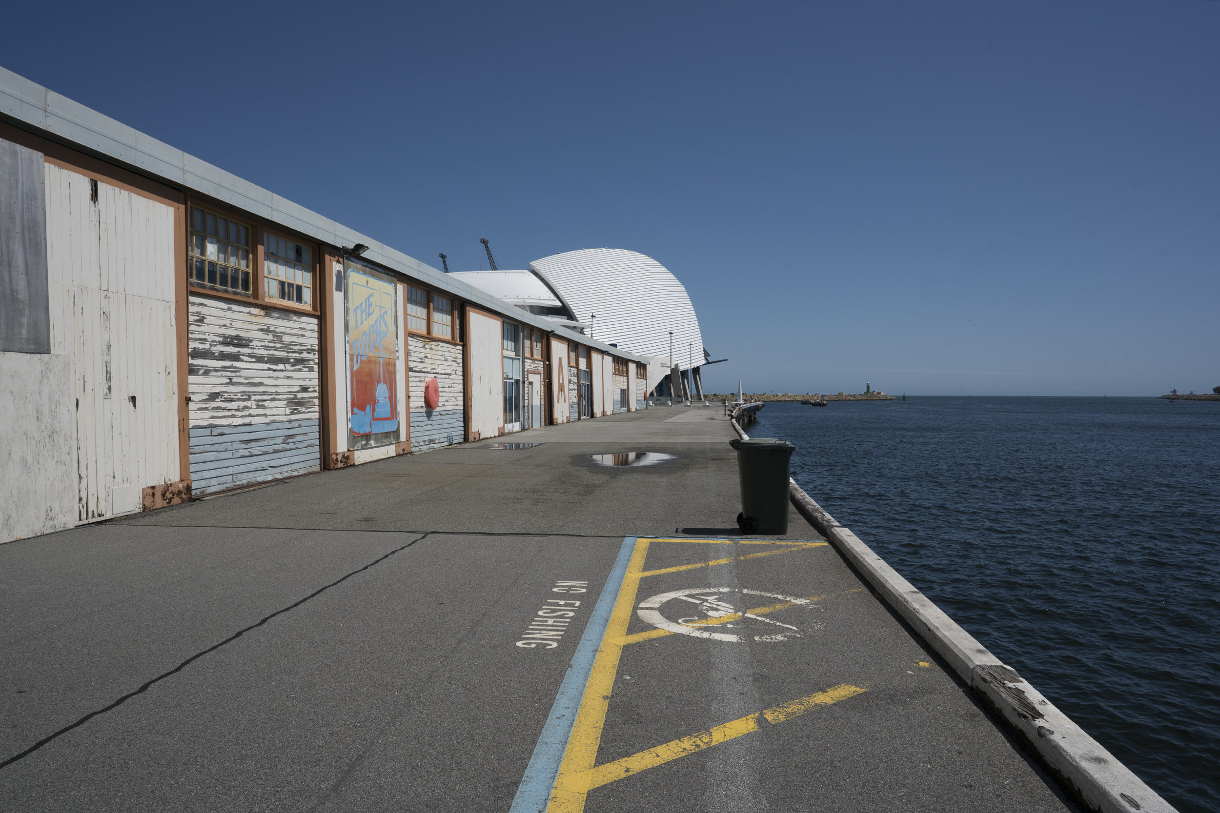 Plate 2: The walk on the waterfront towards the Maritime Museum