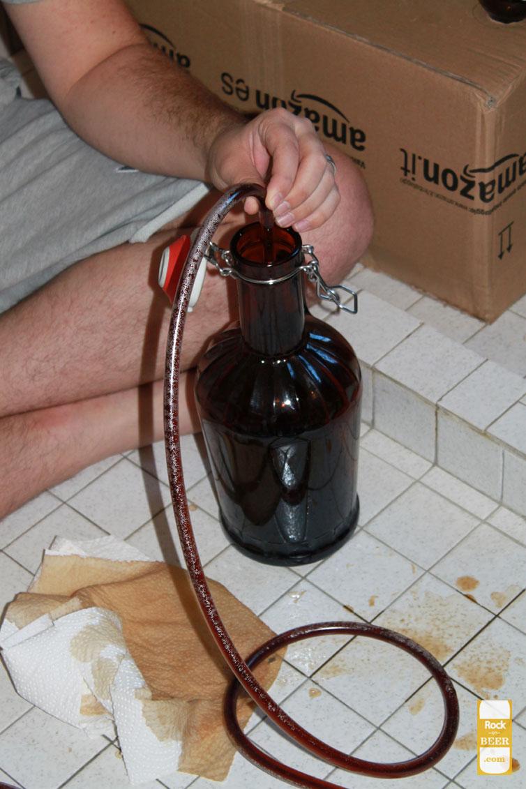 bottling-day-filling-growler