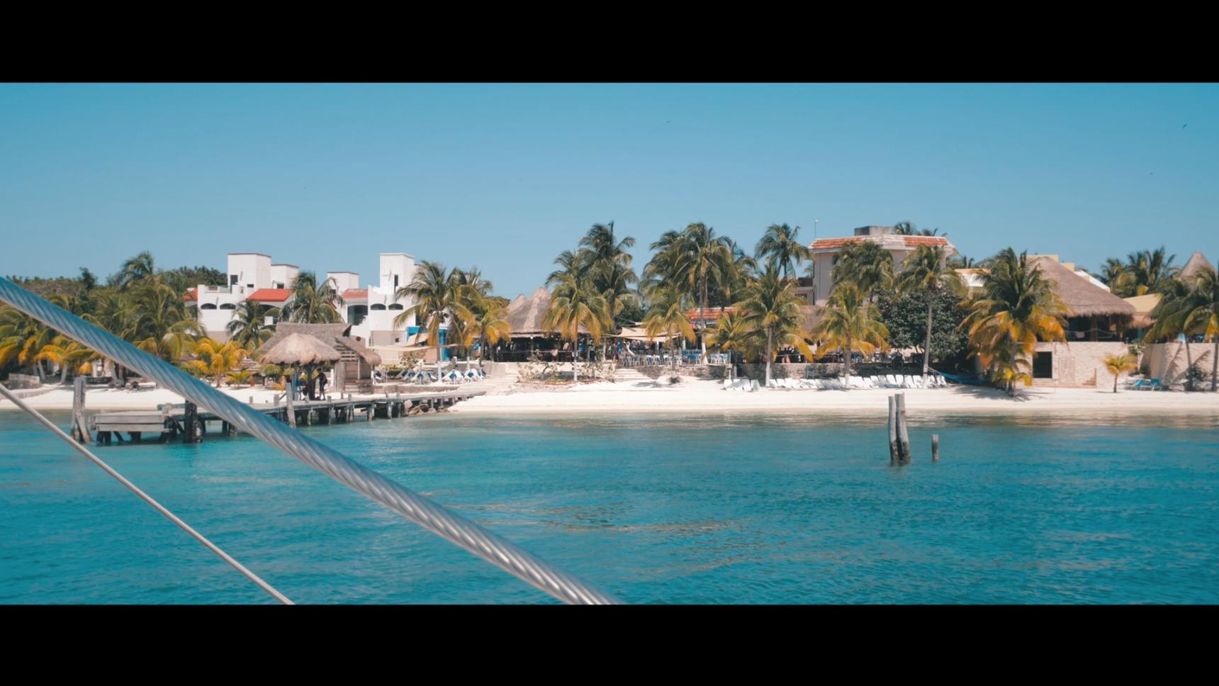 Sia Partners Cancun Isla de las Mujeres.png