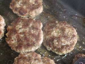 Ground pork to tasty breakfast sausage!