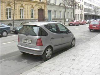 car_benz.jpg