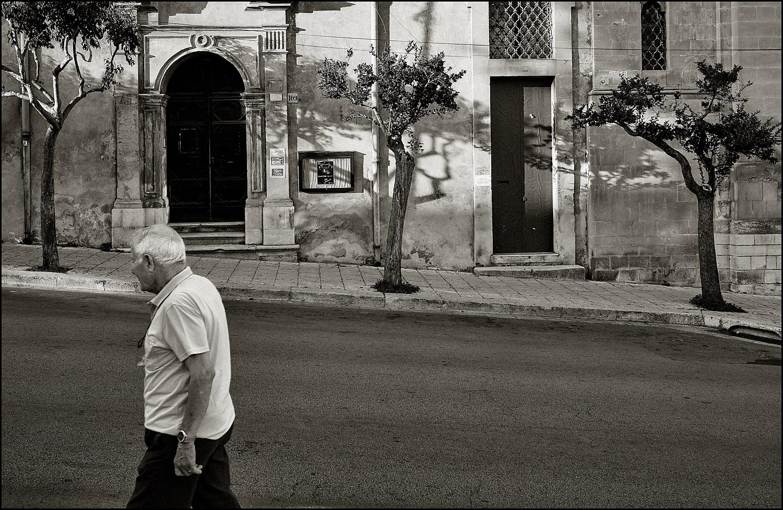The stroll...