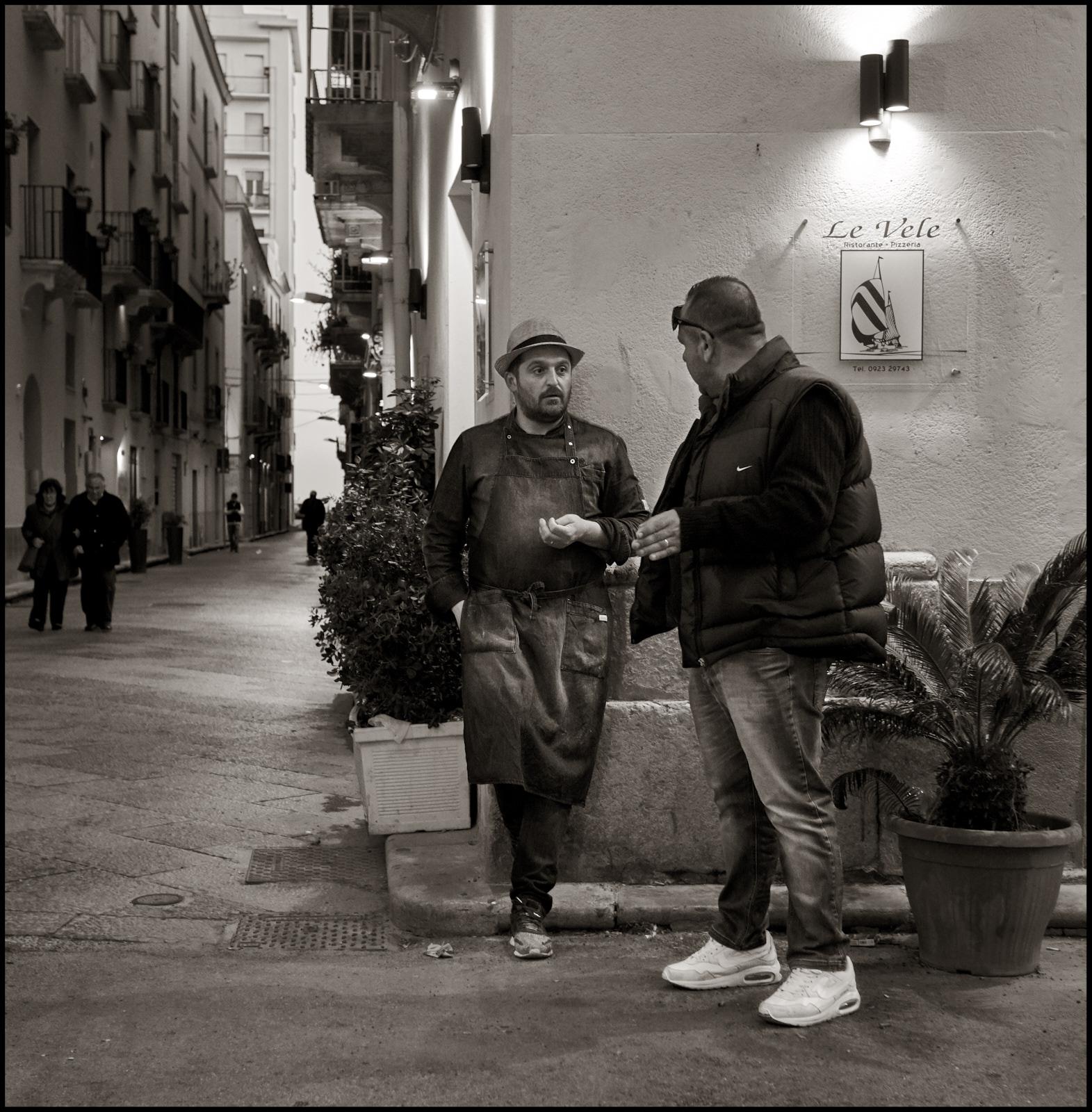 """All'angolo del ristorante """"Le Vele""""..."""