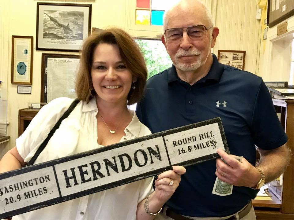 Herndon sign richard.jpg