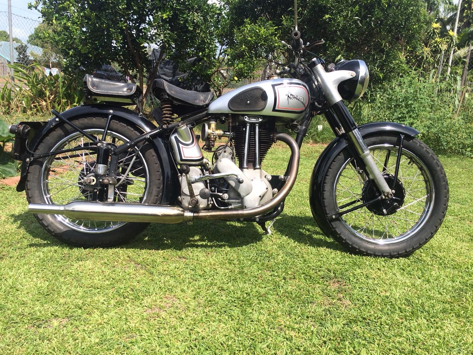 Norton ES2 1948 Phil Mitchell.JPG