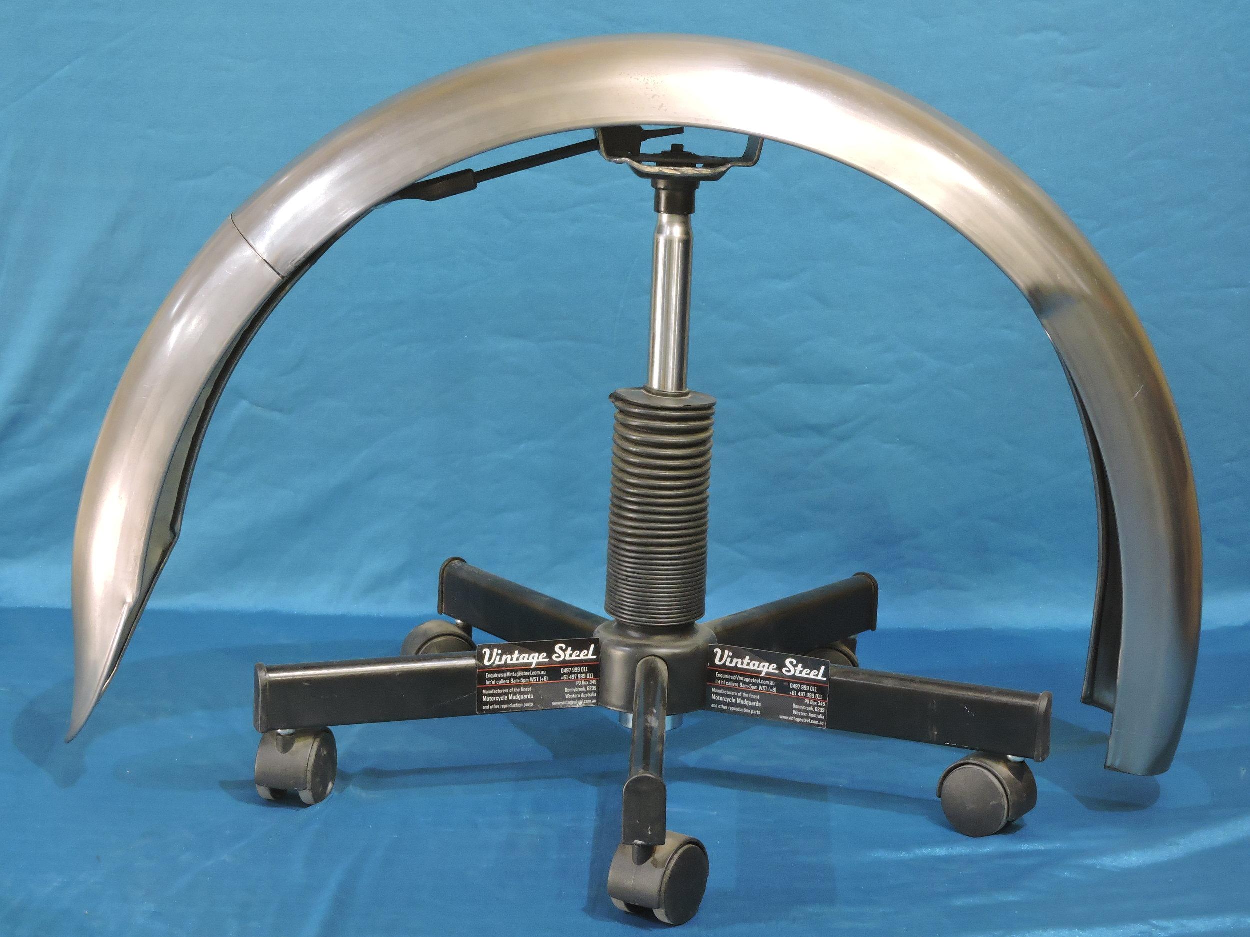 42 NORTON Inter plunger REAR 1948-52 (2).JPG