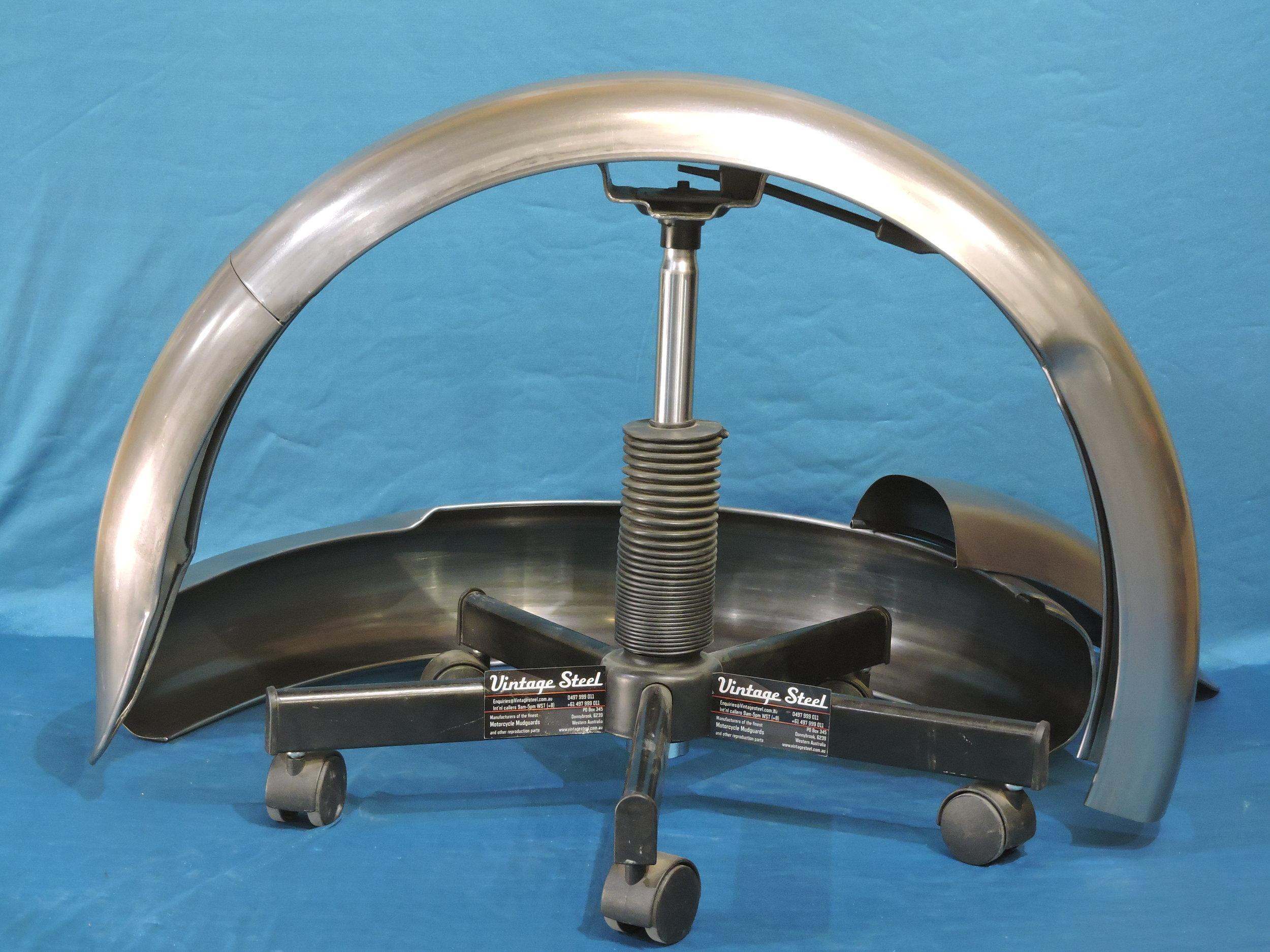 42 NORTON Inter plunger REAR 1948-52 (1).JPG
