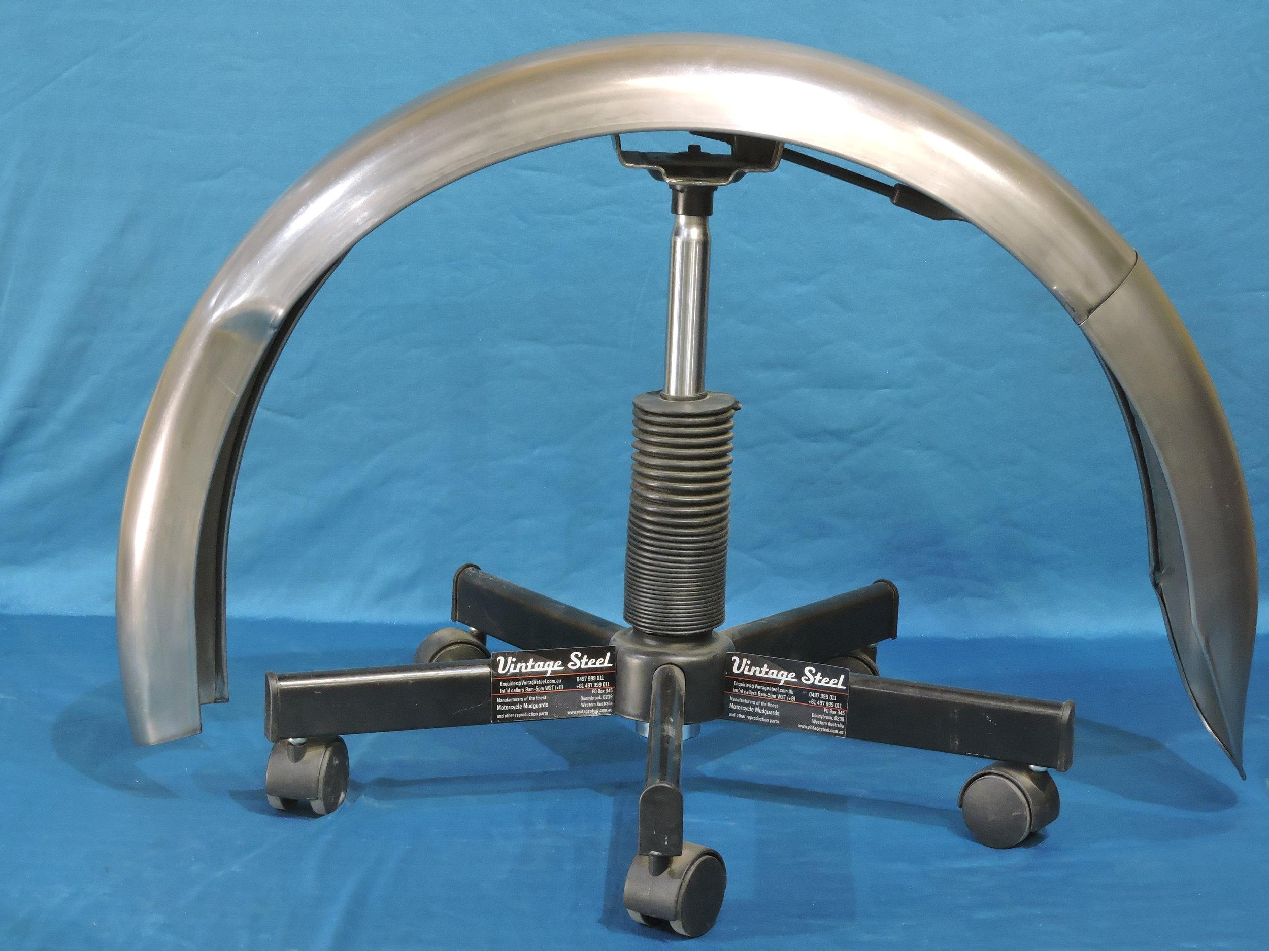 42 NORTON Inter plunger REAR 1948-52 (7).JPG