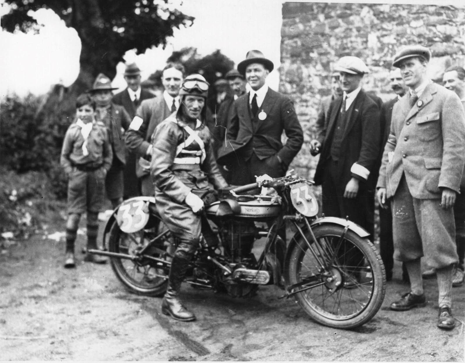 Alec Benett 1924 TT.jpg