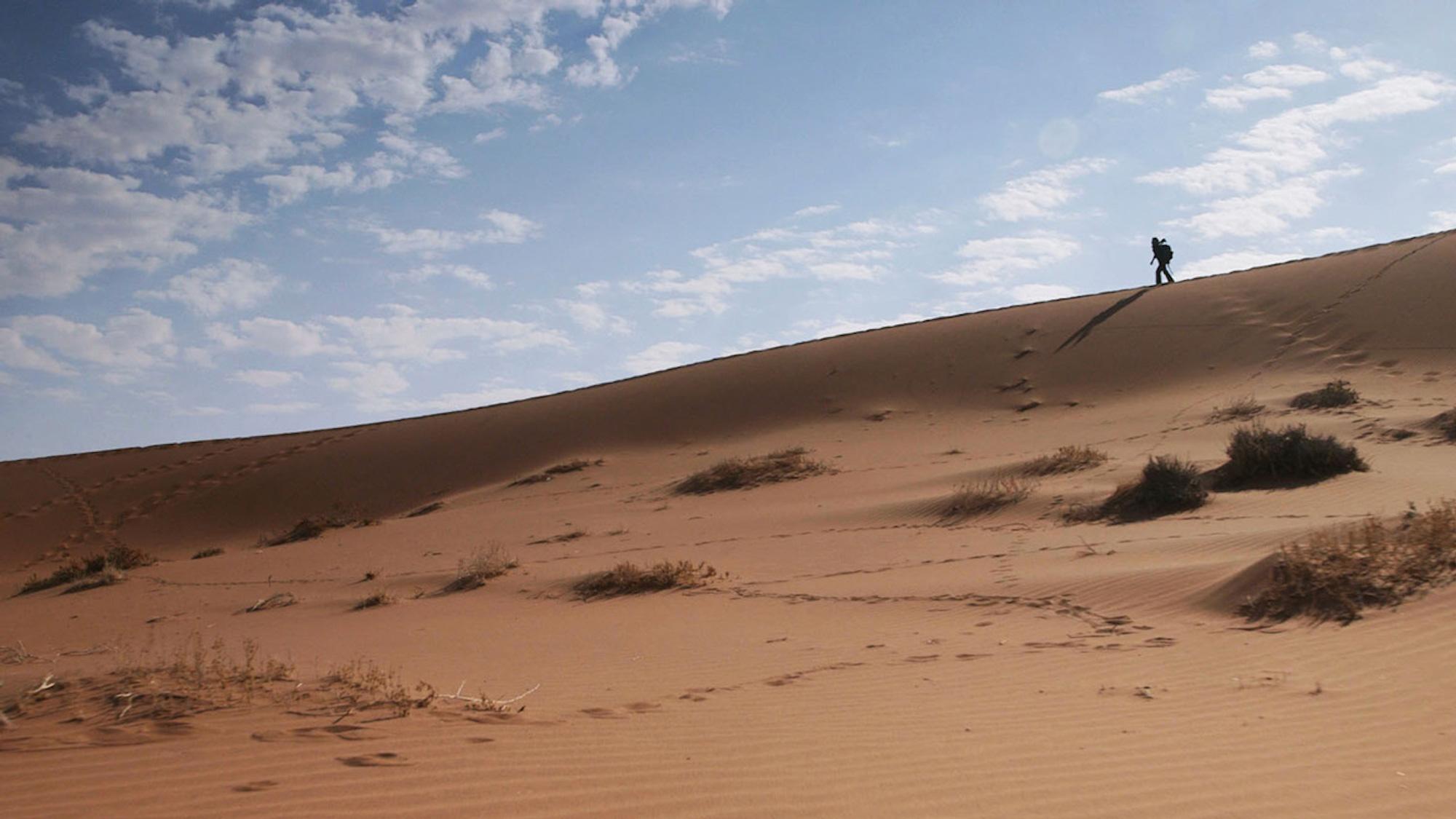 Lisa-on-sand-dune-in-Namibia-1280.jpg